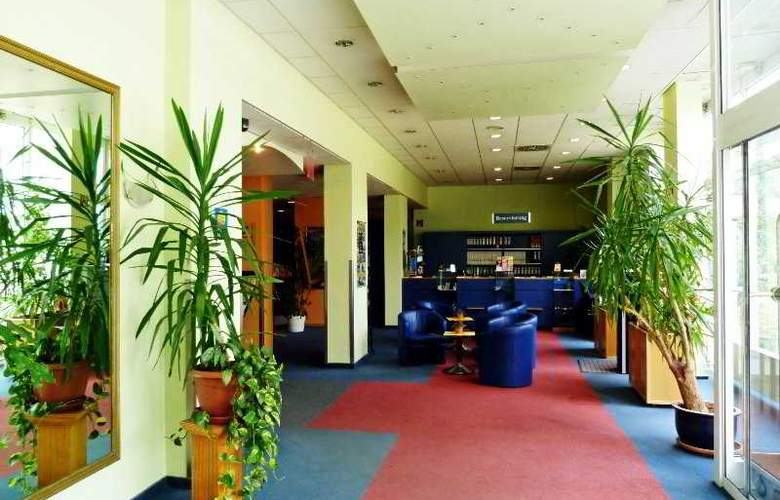 Comfort Hotel Berlin Lichtenberg - General - 6