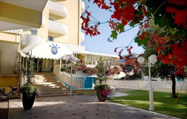 Salus - Hotel - 5