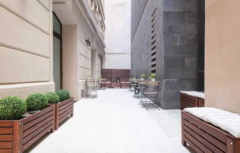 Condal - Terrace - 31