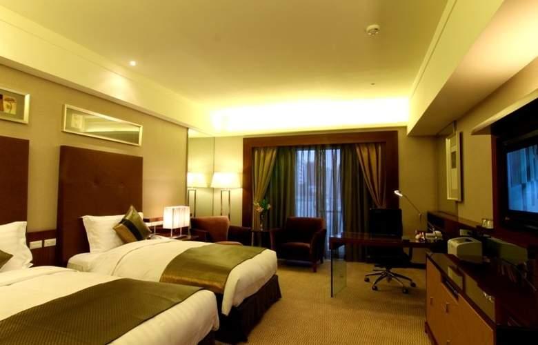 Capital Hotel - Room - 5