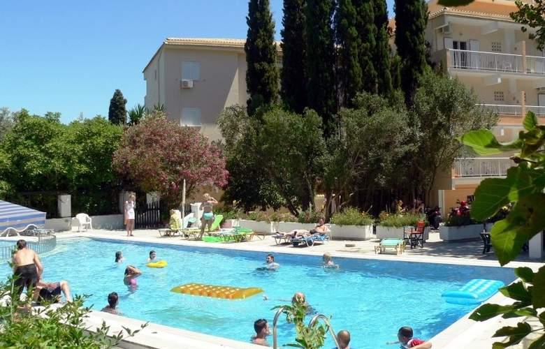 Ipsos Beach - Pool - 0