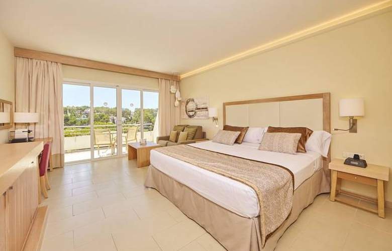 Blau Privilege Porto Petro Beach Resort & Spa - Room - 7