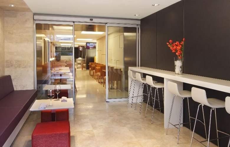 Aspen Suites - Restaurant - 4