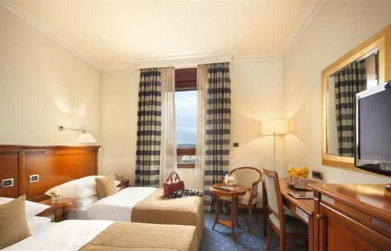 Best Western Premier Astoria - Hotel - 63