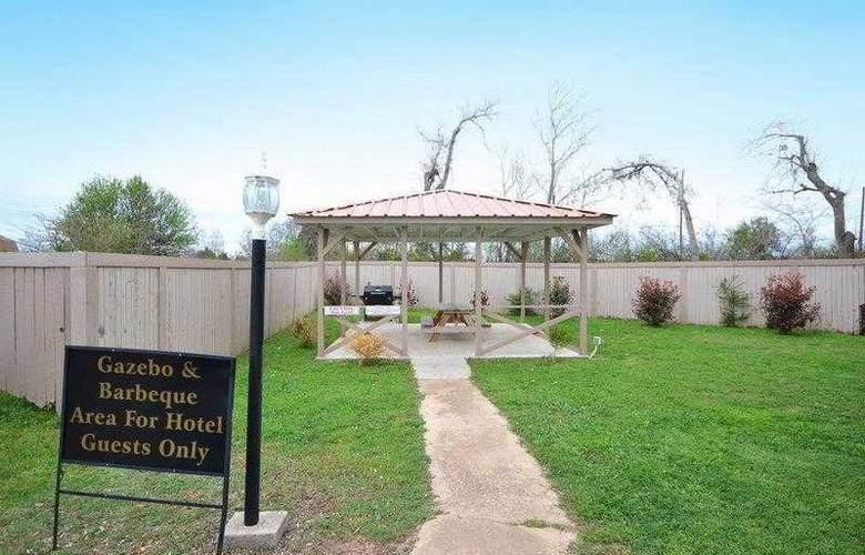 Best Western Markita Inn - Hotel - 2