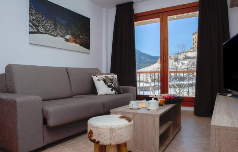 Apartamentos Segle XX - Room - 0
