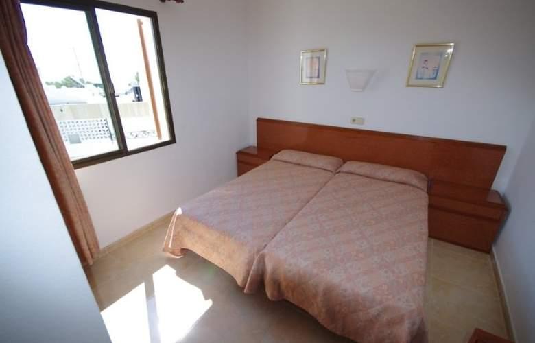 Marina Apartamentos - Room - 3