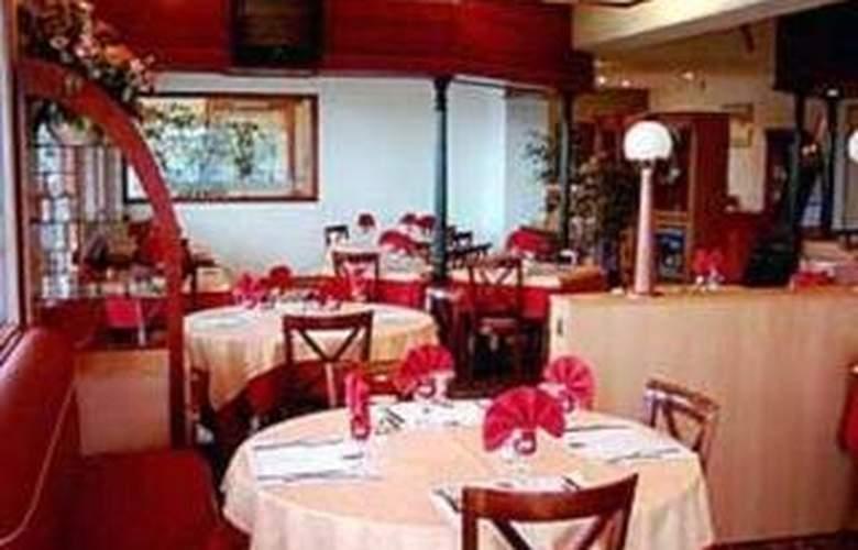Comfort Hotel Vierzon - Restaurant - 4
