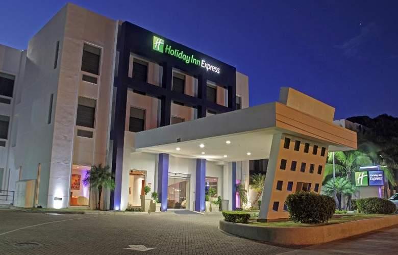 Holiday Inn Express San Jose Forum - Hotel - 6
