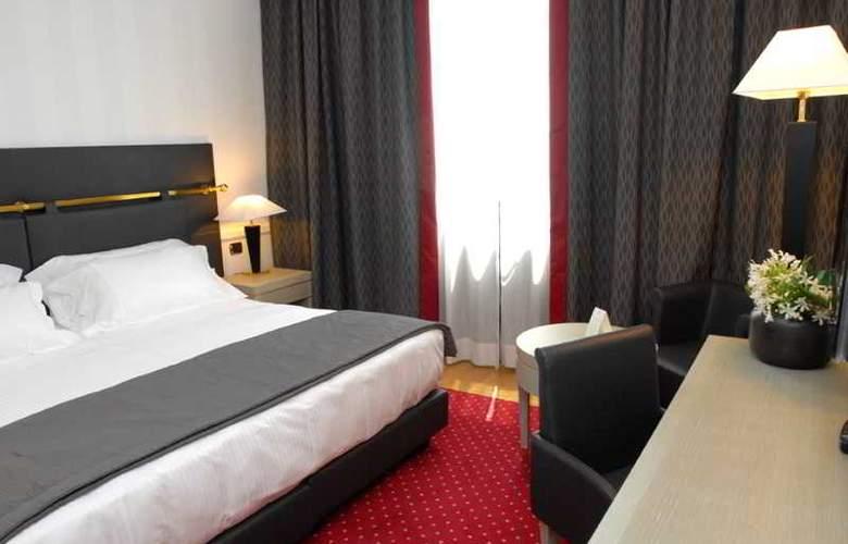 Grand Hotel Duca Di Mantova - Room - 22