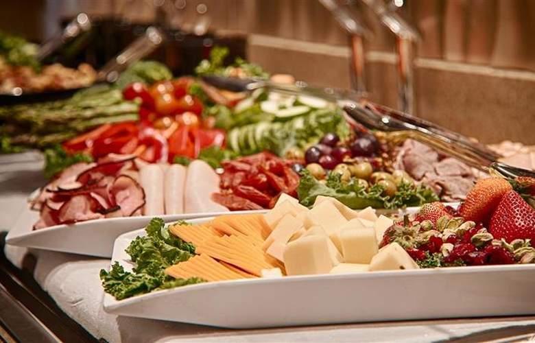 Best Western Plus Denham Inn & Suites - Restaurant - 120