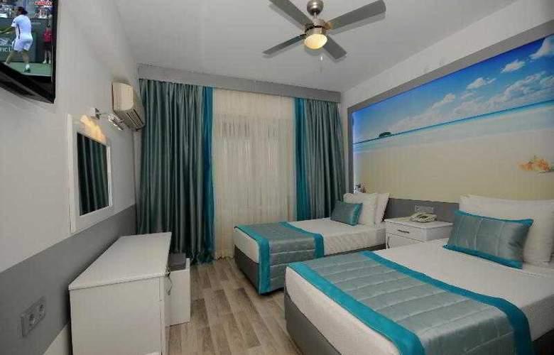 Blue Palace - Room - 7