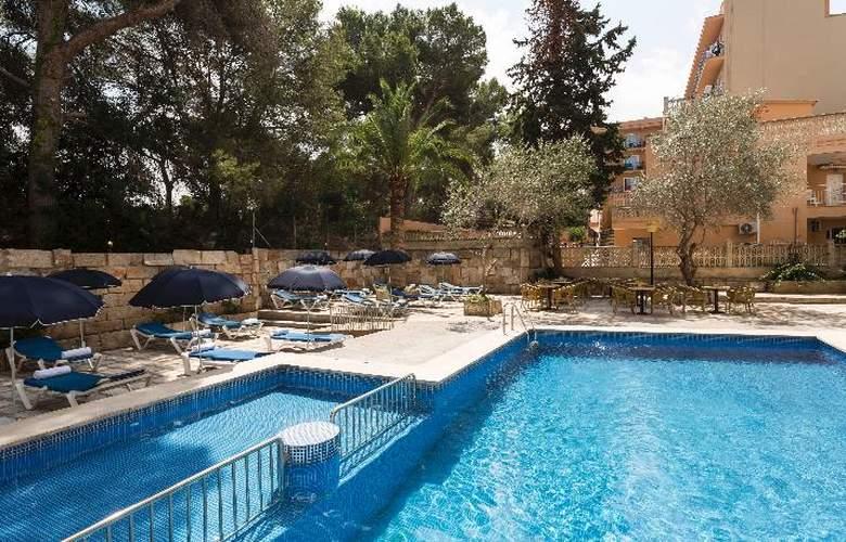Elegance Playa Arenal - Pool - 9