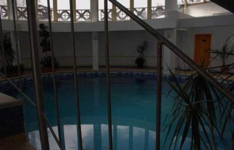Snezhanka - Pool - 5