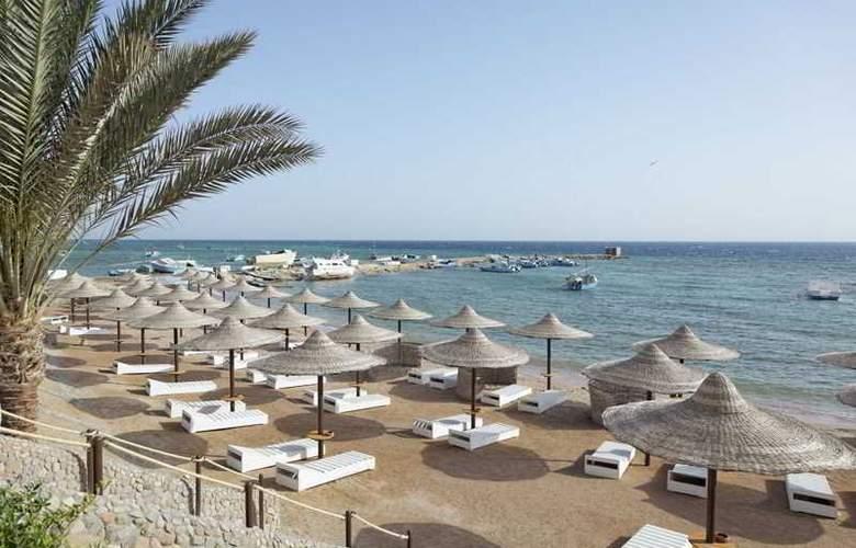 The Three Corners Royal Star Beach Resort - Beach - 30