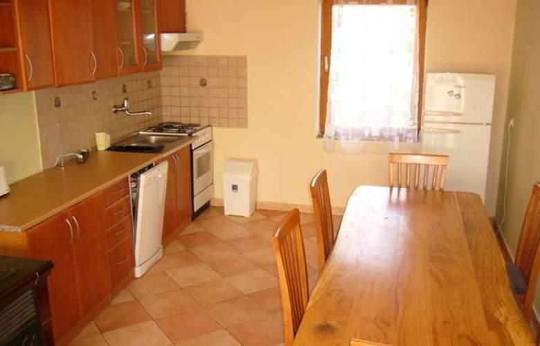 Apartments Kristic - Room - 13