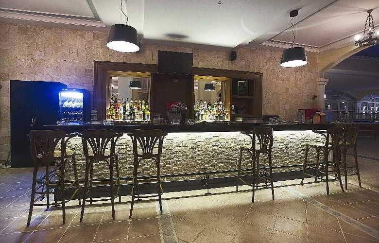 Pasha's Princess Hotel - Bar - 15