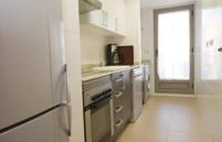 Apartamentos Alcocebre Suites 3000 - Room - 1