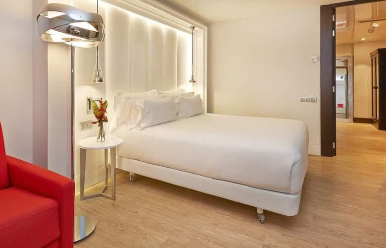 NH Collection Barcelona Gran Hotel Calderón - Room - 11
