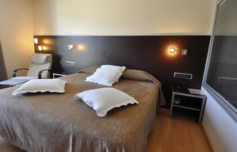 Palau de Girona - Room - 9