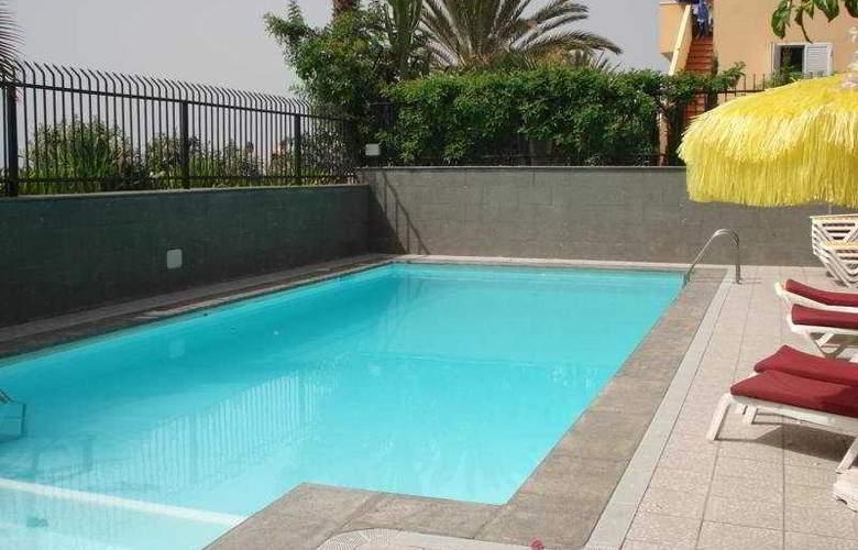 Casablanca - Pool - 6