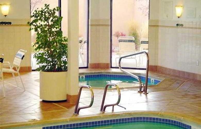 Courtyard Reno - Hotel - 17