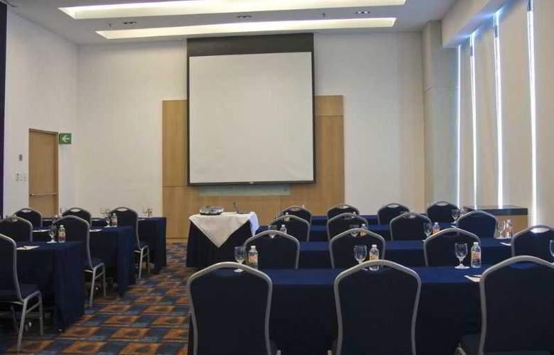 DoubleTree by Hilton Hotel México City Santa Fe - Conference - 38
