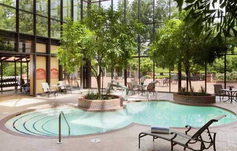 Doubletree Hotel Charlottesville - Hotel - 10