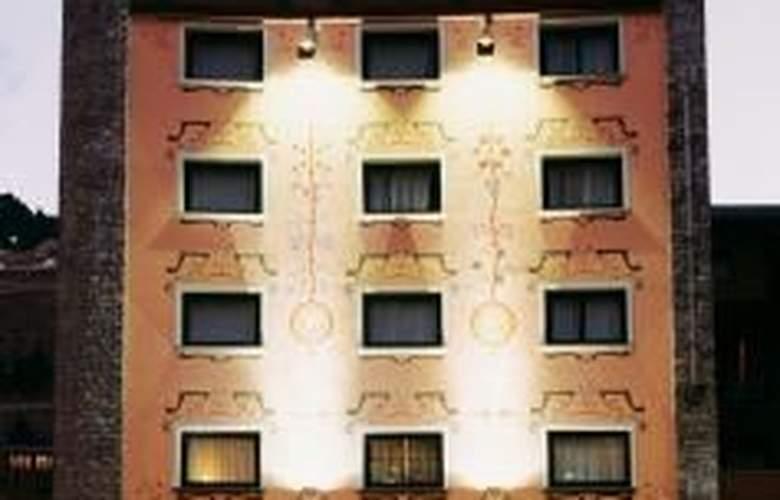 Ski Plaza - Hotel - 0