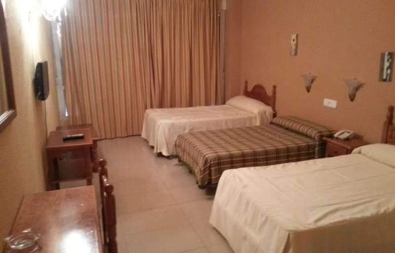 Manzanares - Room - 16