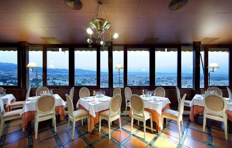 Alhambra Palace - Restaurant - 22