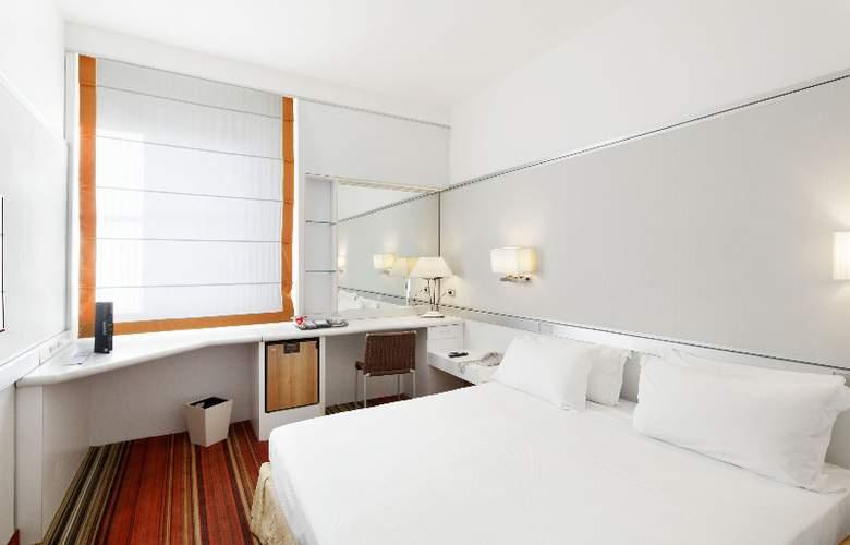 NH Napoli Panorama - Room - 4