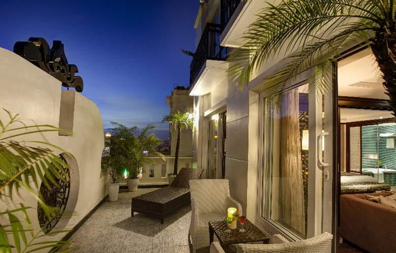 Golden Lotus Luxury Hotel - Room - 11