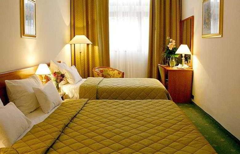 Hotel Globo - Room - 4