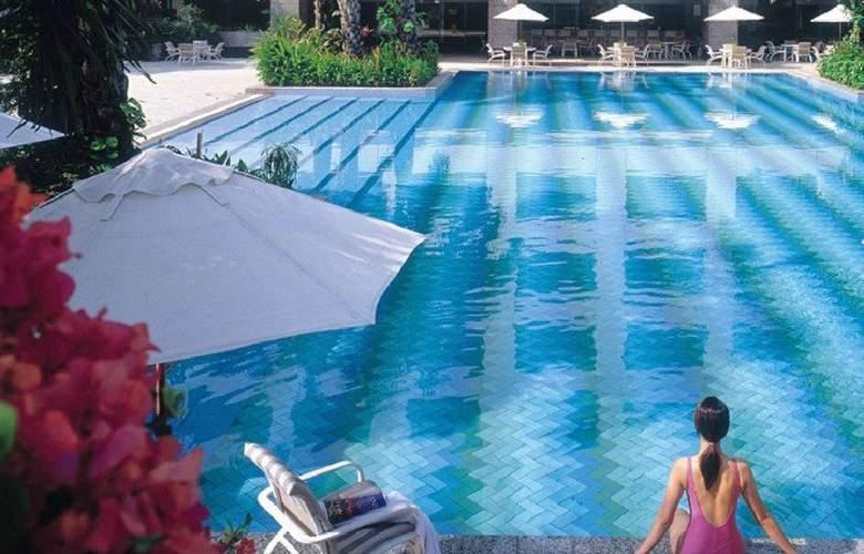 Mulia Senayan - Pool - 2