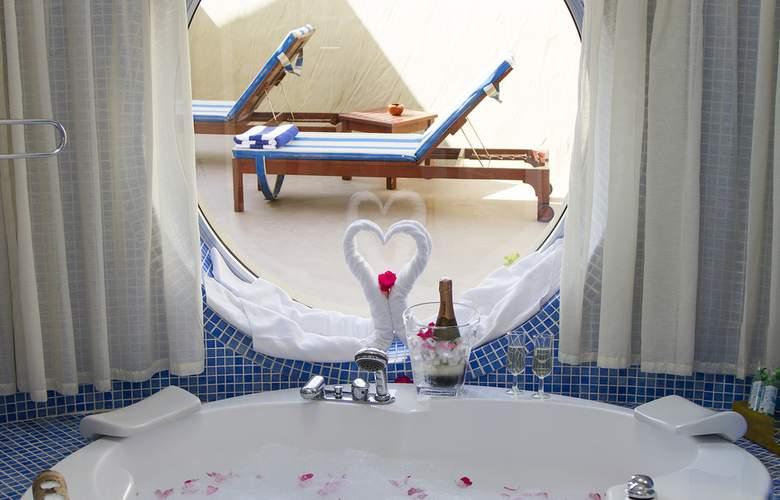 VIK Suite Hotel Risco del Gato - Room - 2