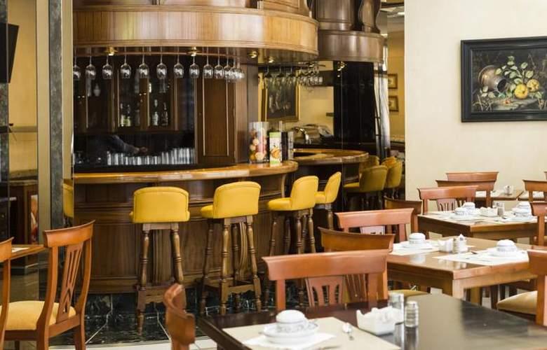 Dauro Granada - Bar - 33