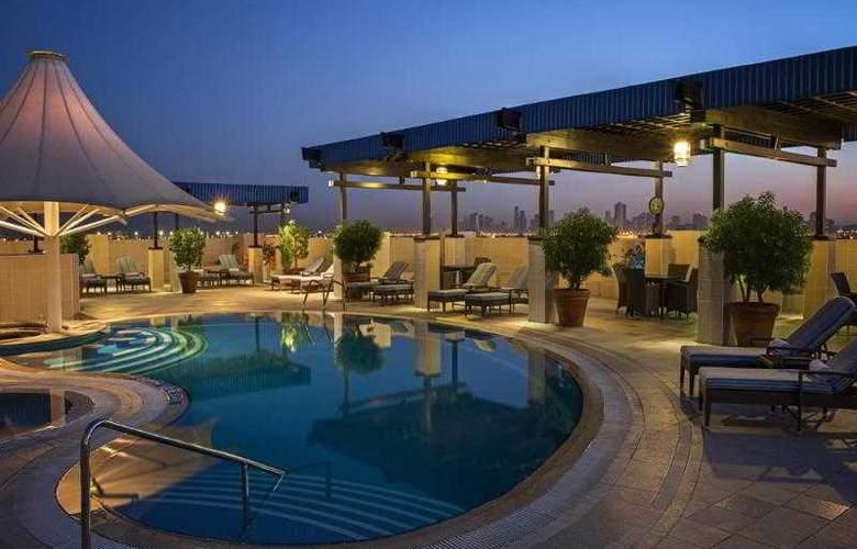 Grand Excelsior Deira - Pool - 7