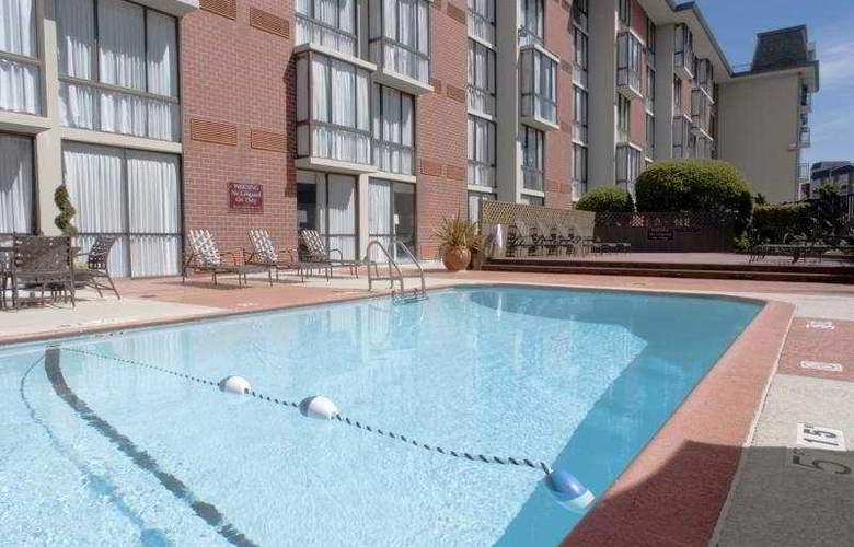 Holiday Inn Fisherman's Wharf - Pool - 6