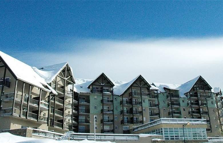 Les Adrets - Hotel - 0
