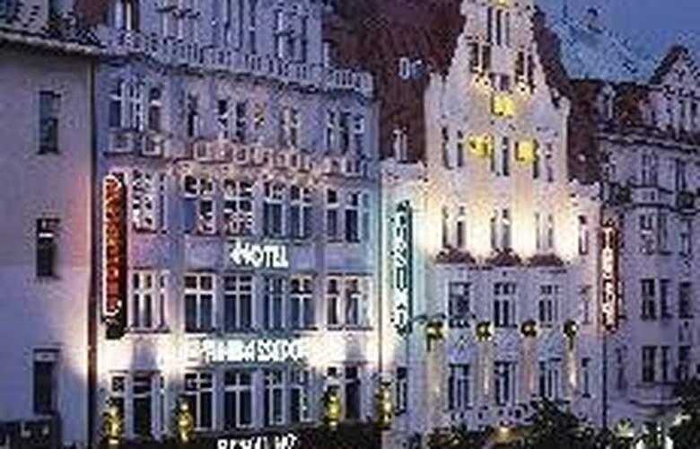 Ambassador-Zlatá Husa - Hotel - 0