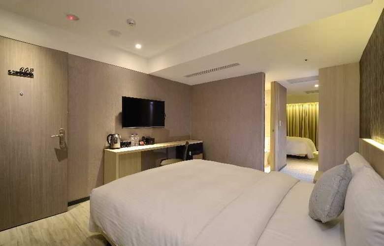 Regal Executive Suites - Room - 1