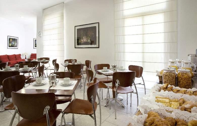 Medium Monegal - Restaurant - 8