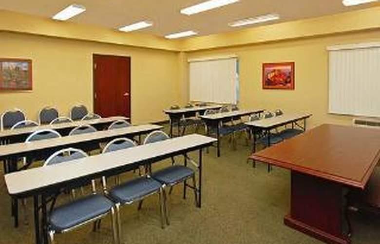 Comfort Inn & Suites at ASU - General - 4