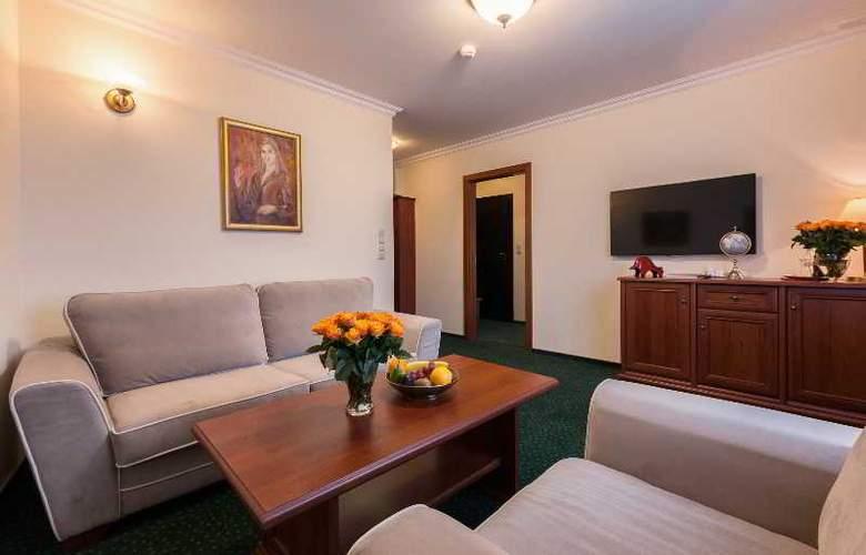 Hotel Wloski Business Centrum Poznan - Room - 57