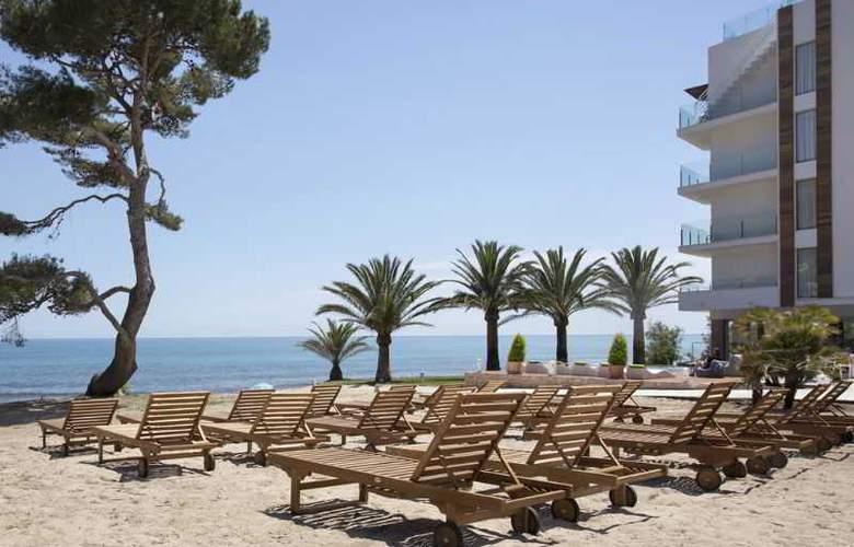 Melbeach Hotel & Spa - Terrace - 22