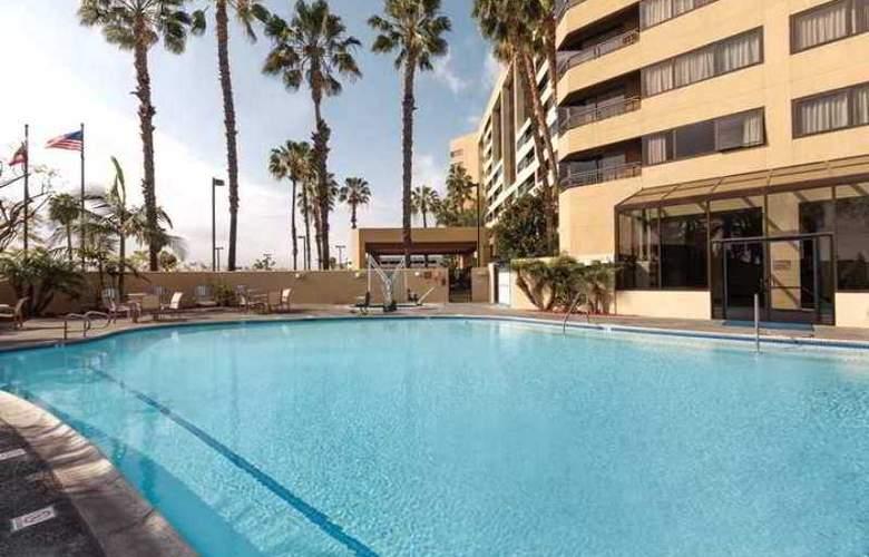 Hilton Suites Anaheim Orange - Hotel - 8
