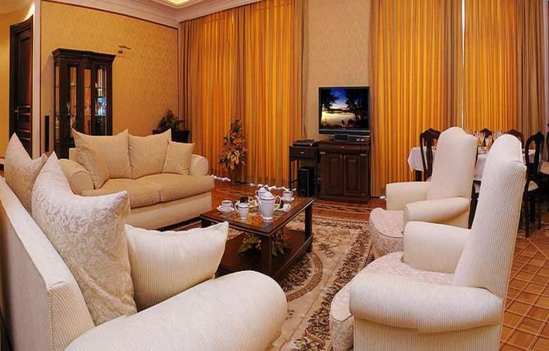 Ayf Palace - Room - 9