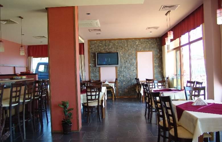 Sunny Bay Aparthotel - Restaurant - 5