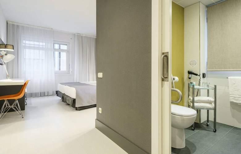 Ilunion Bilbao - Room - 16